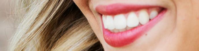 sourire-femme-detail